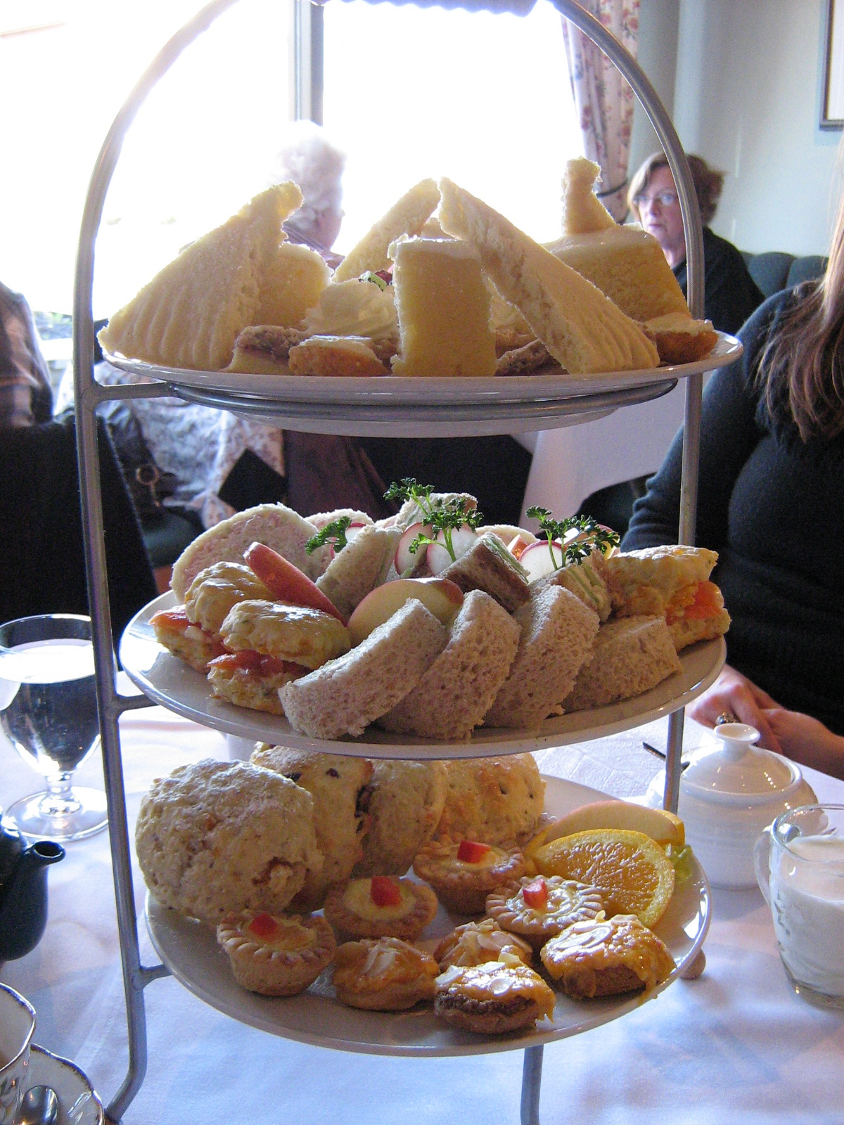 Afternoon Tea At The White Heather Tea Room