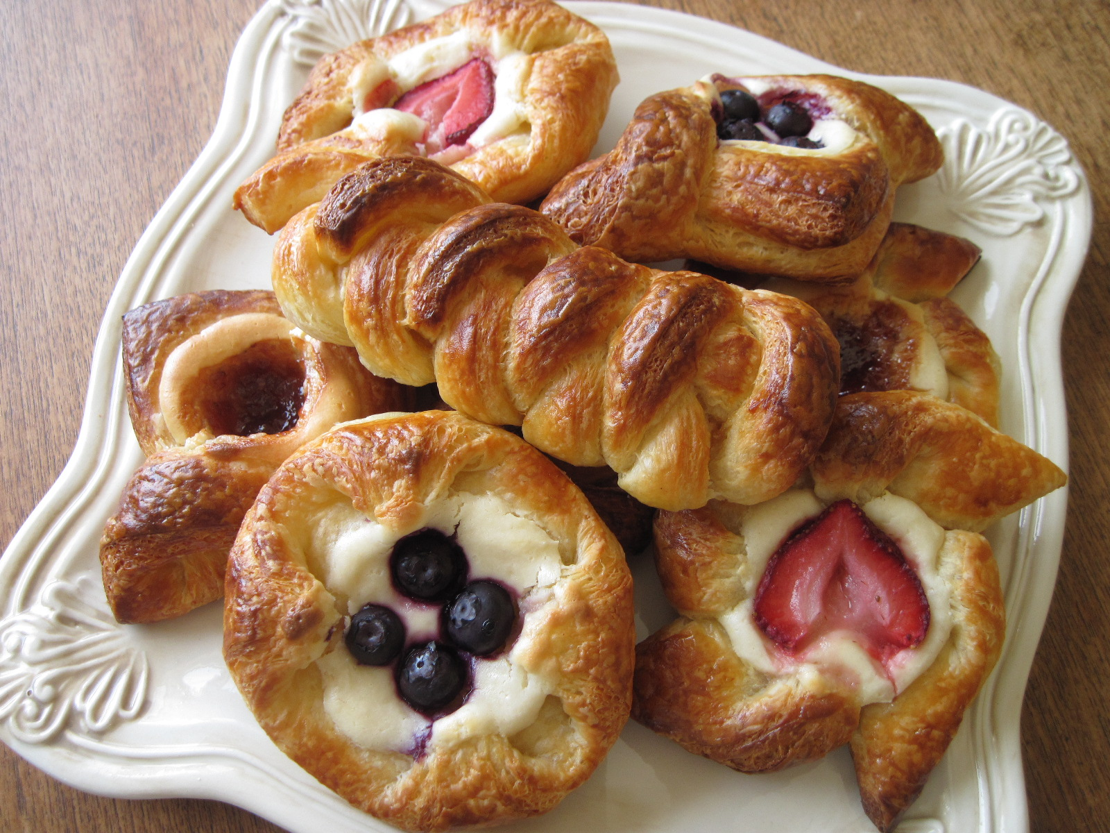 Danish Cakes And Pastries